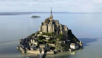 Замок Мон-Сен-Мишель фото